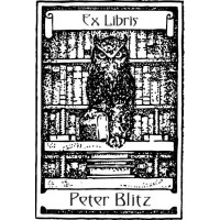 Bookplate Owl in front of Bookshelf