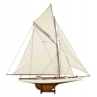 Sailing Yacht America's Cup Columbia 1901, Medium